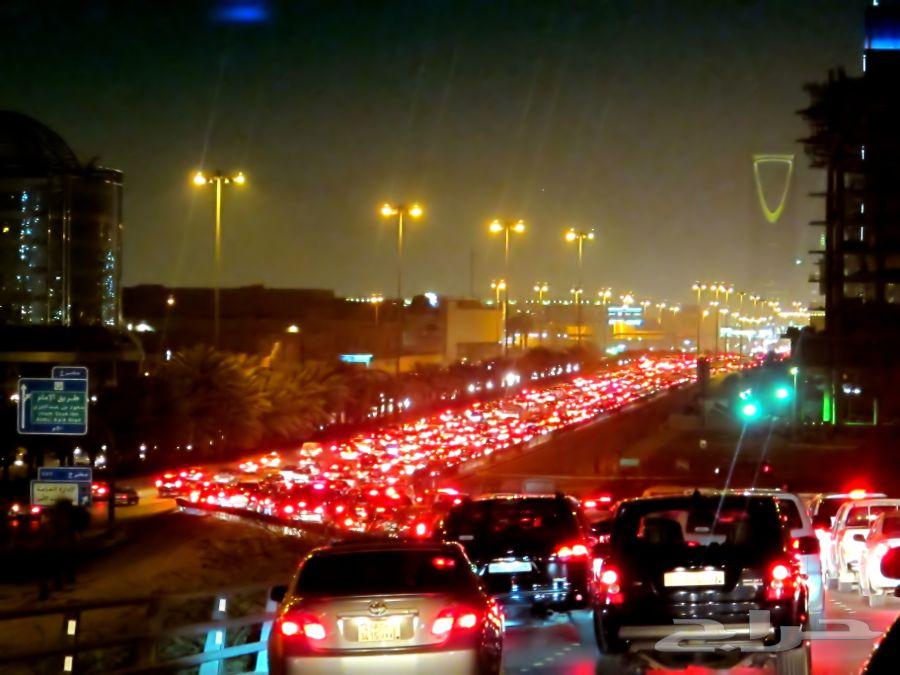 تأخير الصلاة عن وقتها بسبب زحمة السيارات