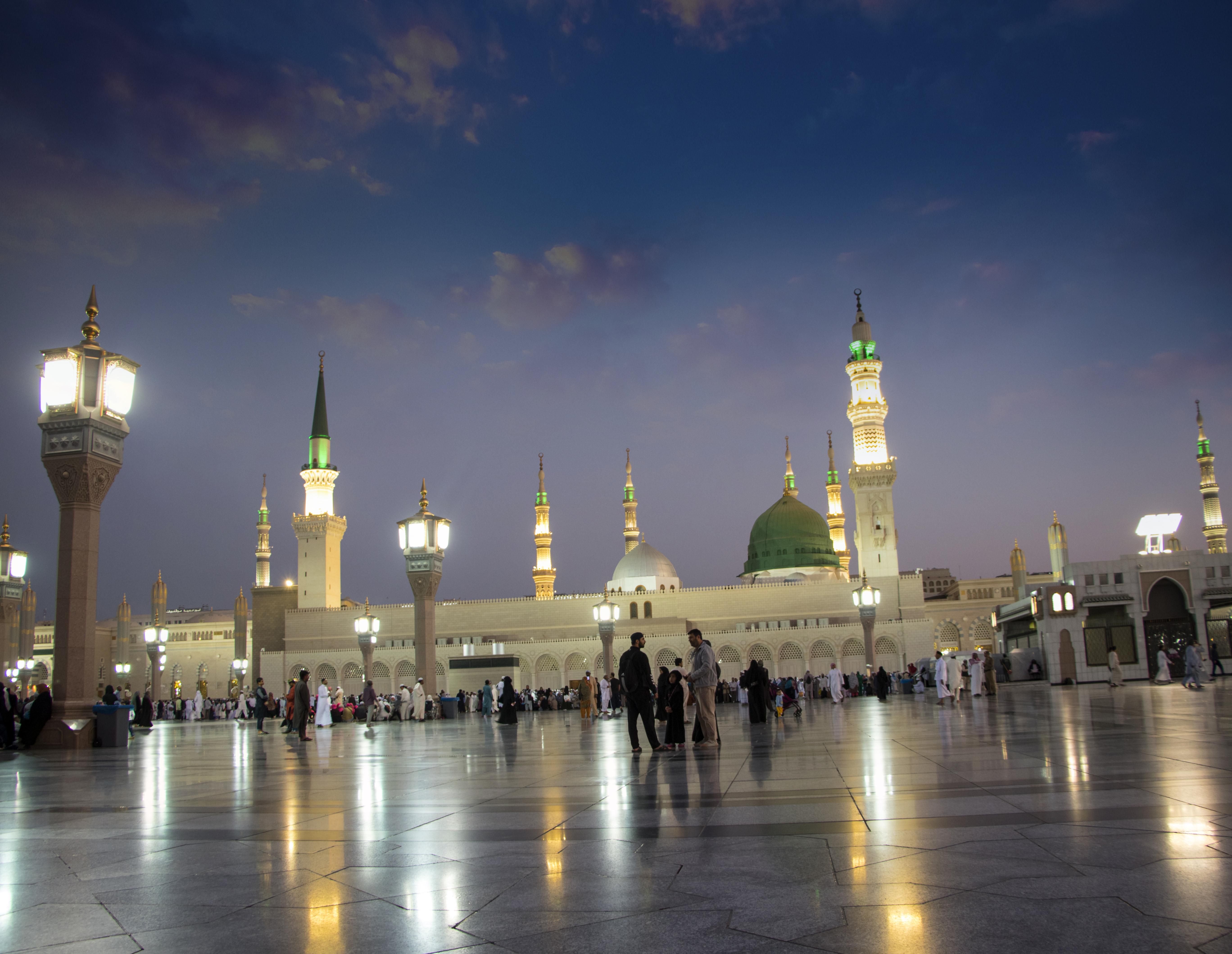 آداب المسجد في الإسلام