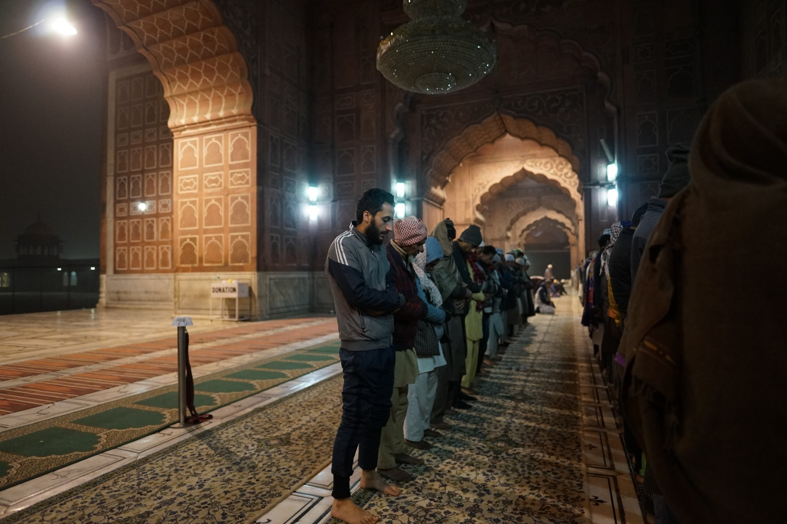 ما هي الأسباب التي تعين على الخشوع في الصلاة؟