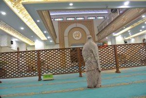 فصل مصلى النساء عن مصلى الرجال في المساجد